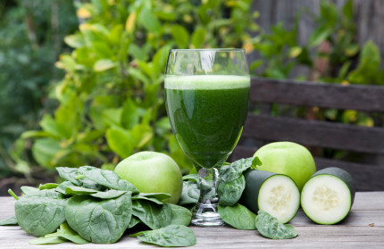 Primrose and Green vegetable-juice